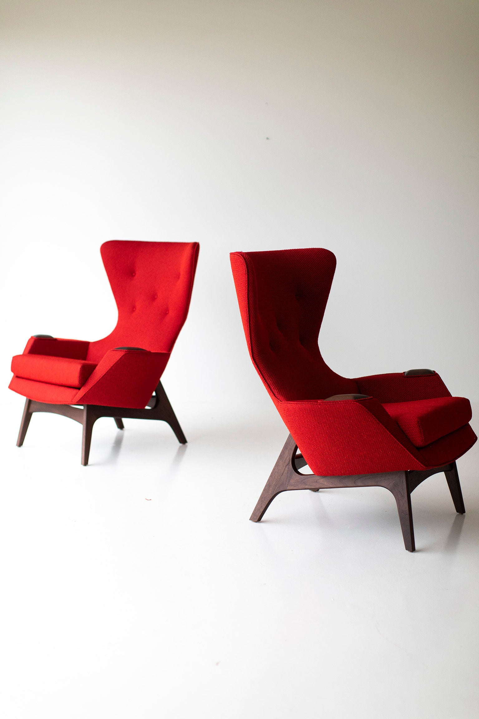 0T3A8903-Red-Wing-Chairs-01
