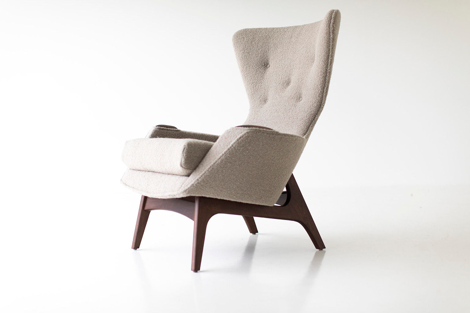 0T3A8982-wing-chair-08