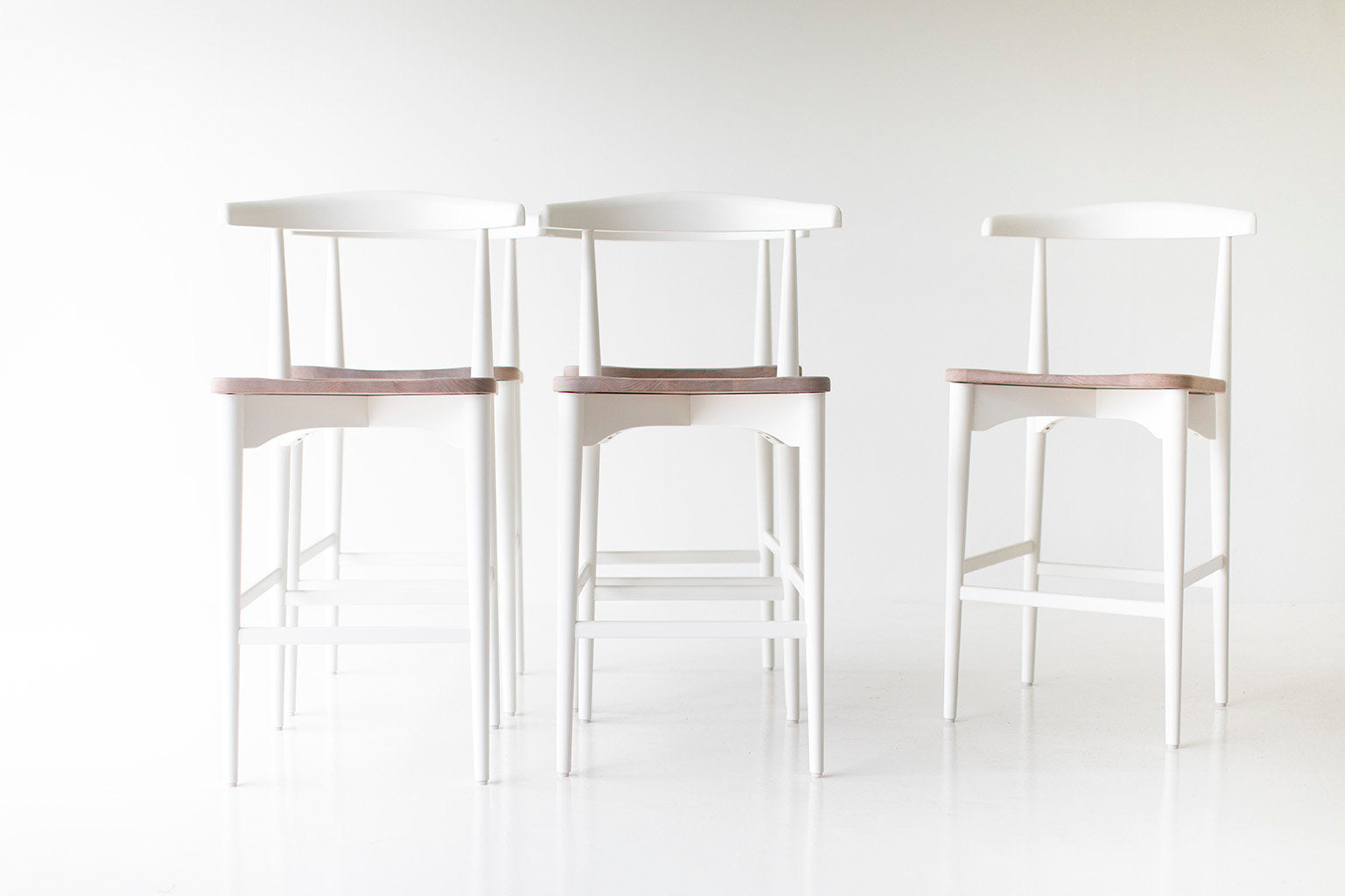 I07A7407-lawrence-peabody-white-bar-stools-04