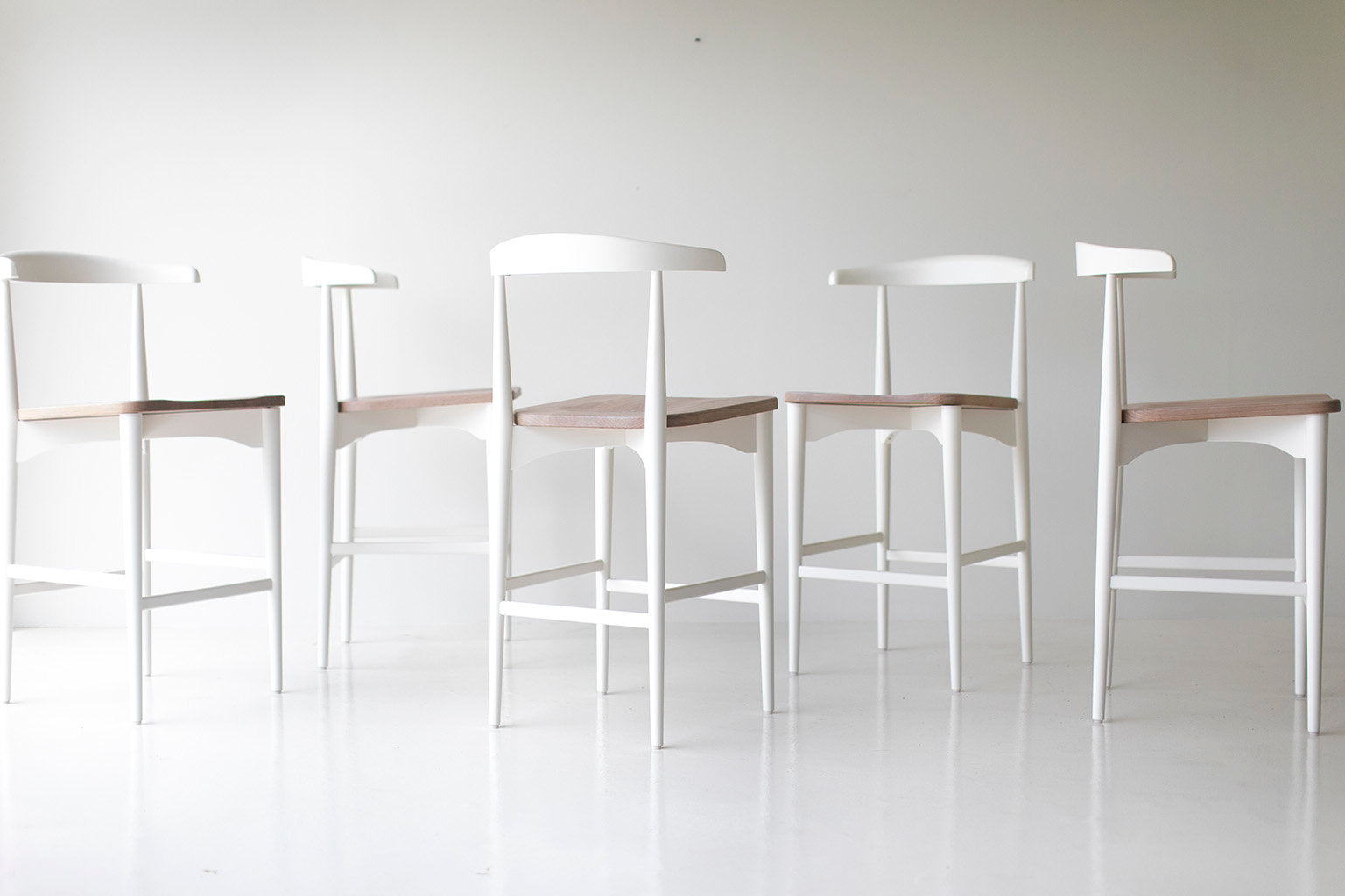 I07A7417-lawrence-peabody-white-bar-stools-02