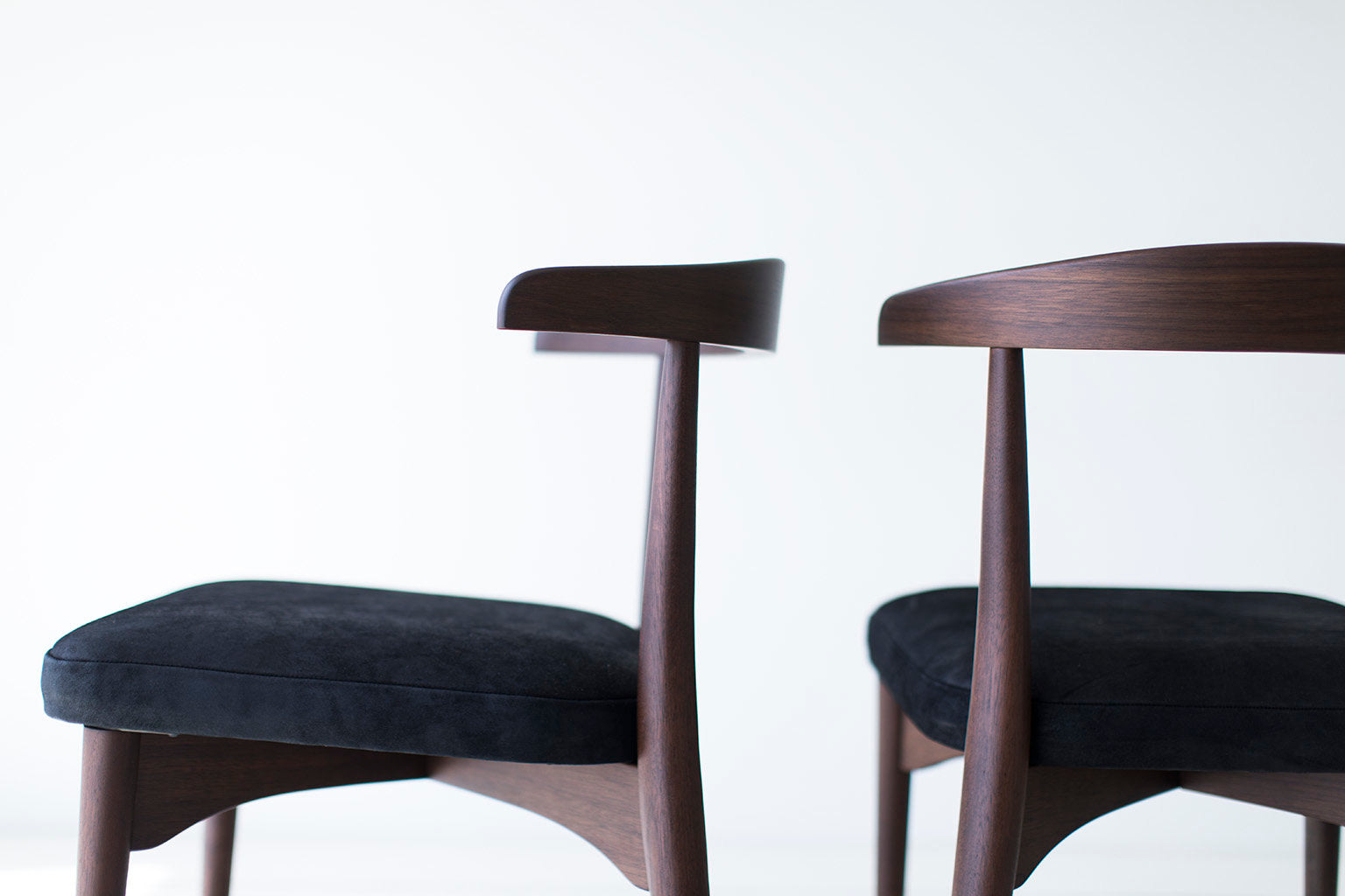 Lawrence-Peabody-Dining-Chairs-02