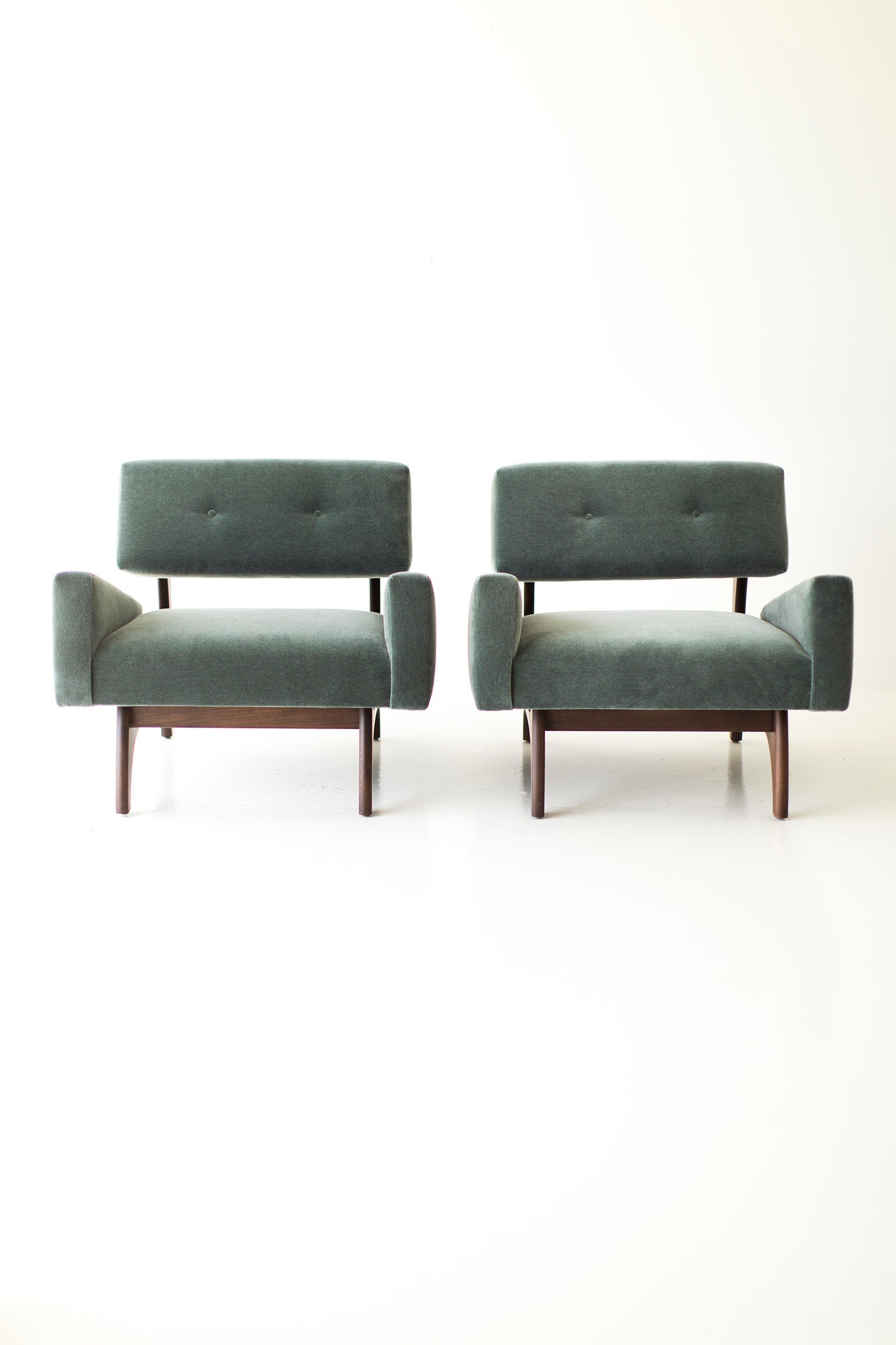 craft-associates-lounge-chairs-1519-03