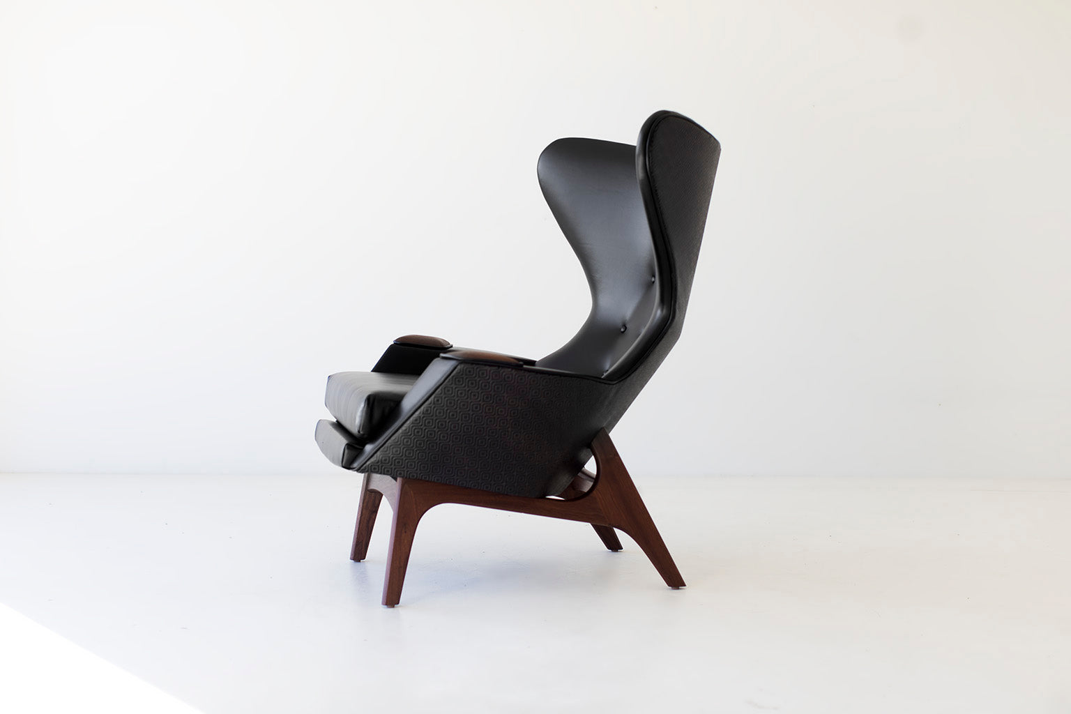 leather-wing-chair-06