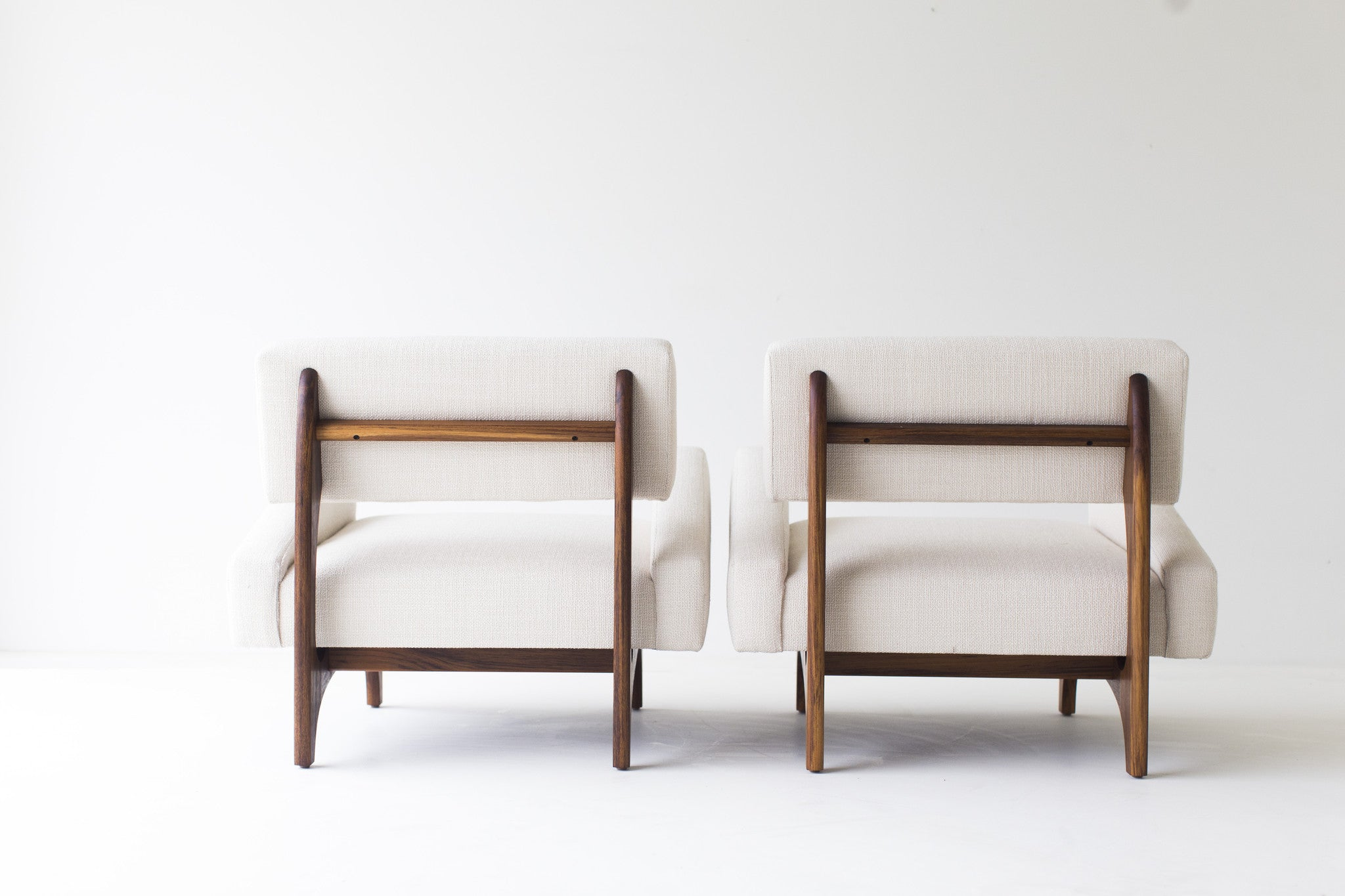 modern-armchairs-1519-canadian-armchairs-07