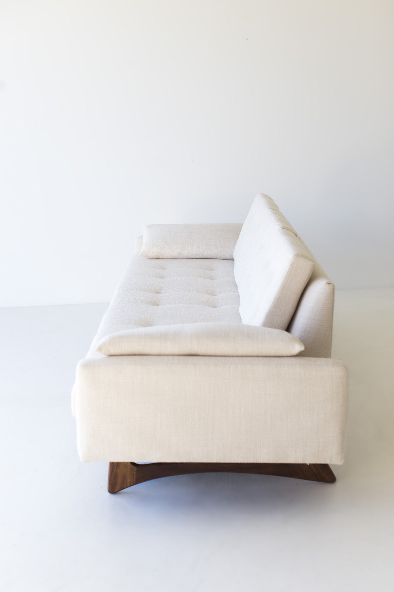 modern-floating-sofa-1401-05