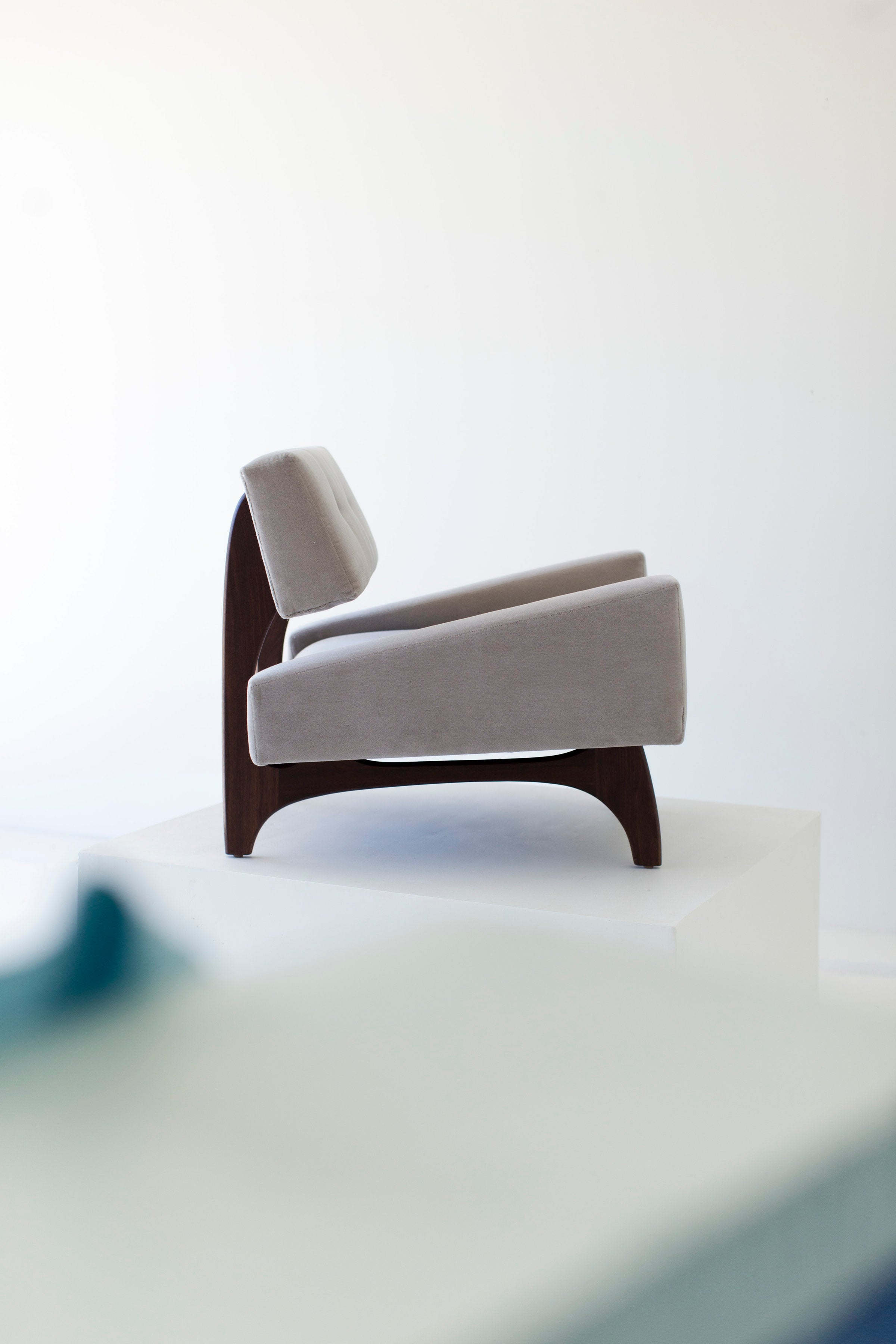 Craft Associates Modern Lounge Chair   1519   The Canadian