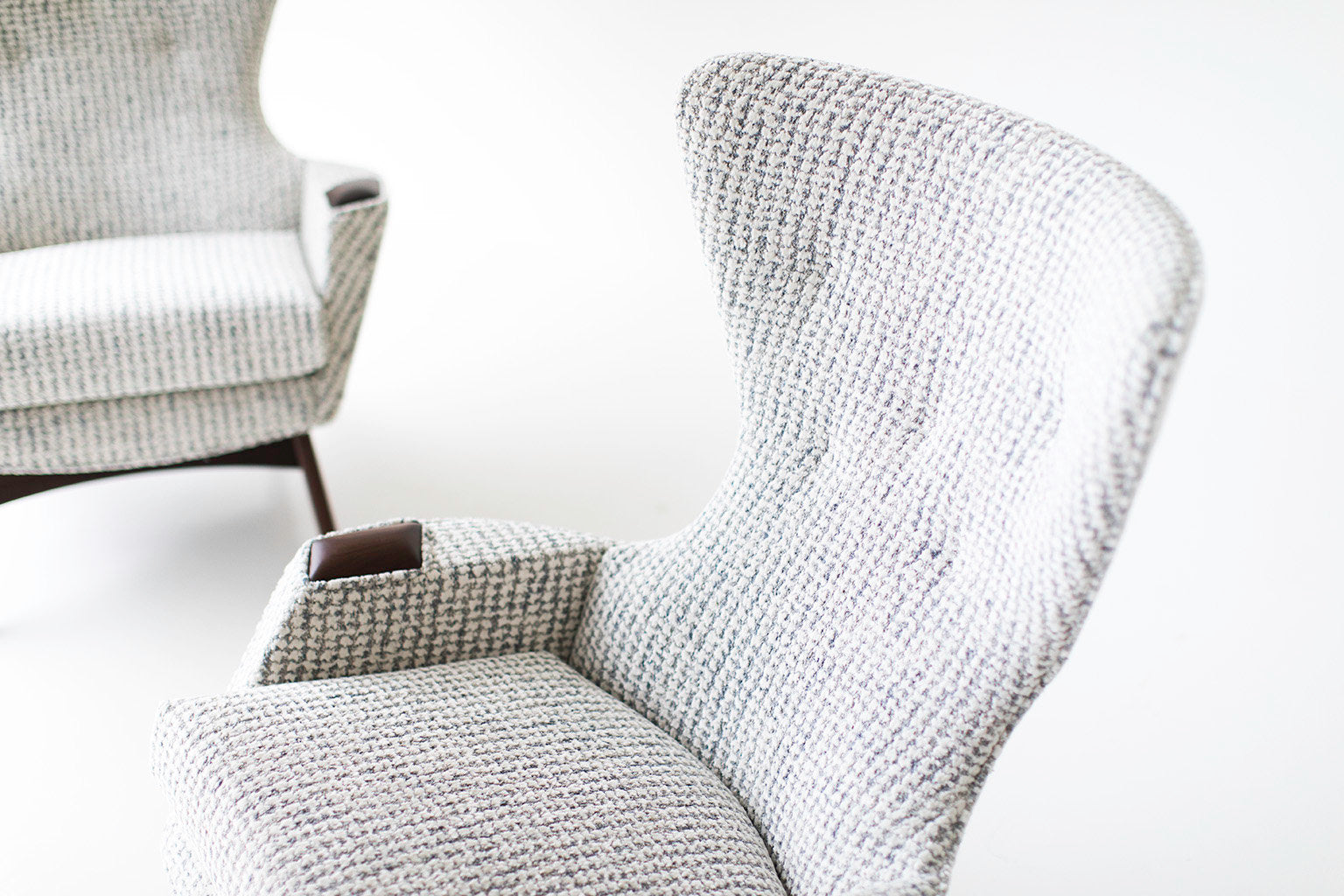 wing-chair-05