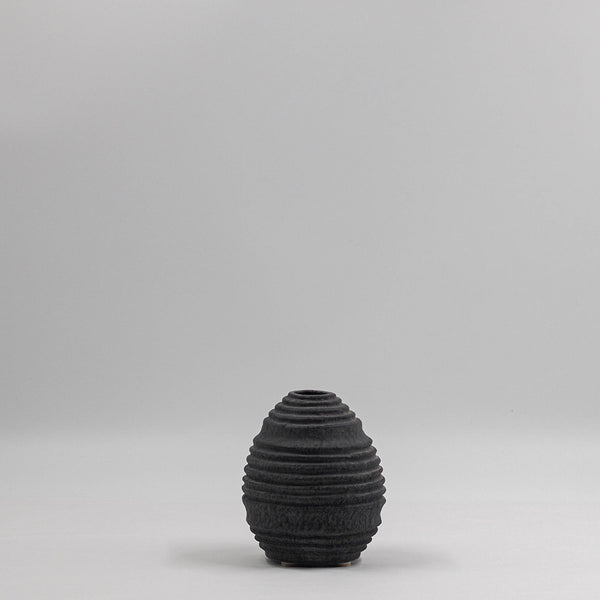 Cassini Textured Pot | Charcoal