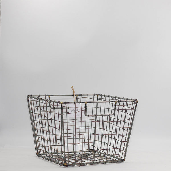Square Iron Basket w Handles