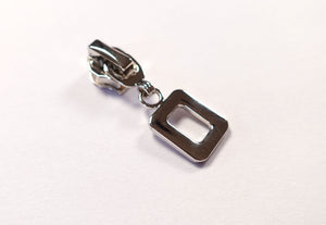 No.5 Silver Square Ring Zip Pull