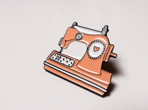 Sewing Machine Pin Badge Peachy Pink
