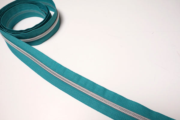 No5 Silver Teeth Nylon Zips Sold in Packs of 1 1/2 metre Lengths
