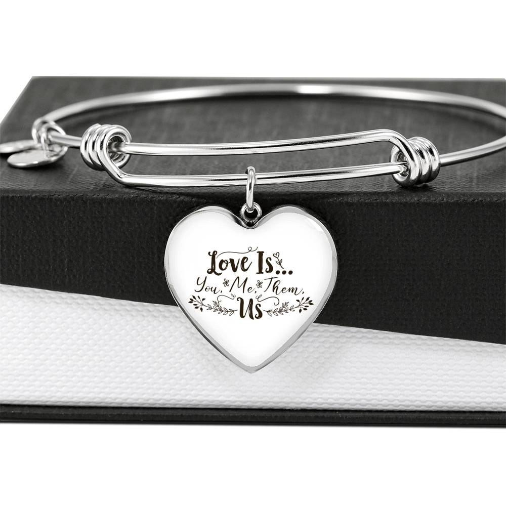 Love is you me them US bangle with heart pendant