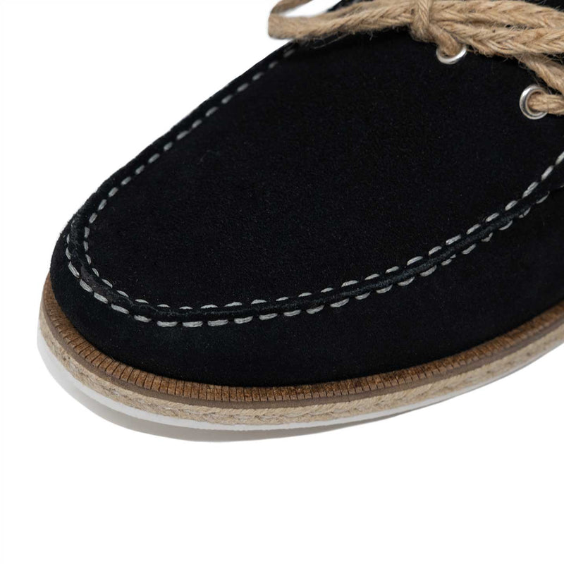 Apron Toe Detailing with Contrasting Natural Stitch
