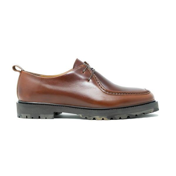 James Apron Shoe