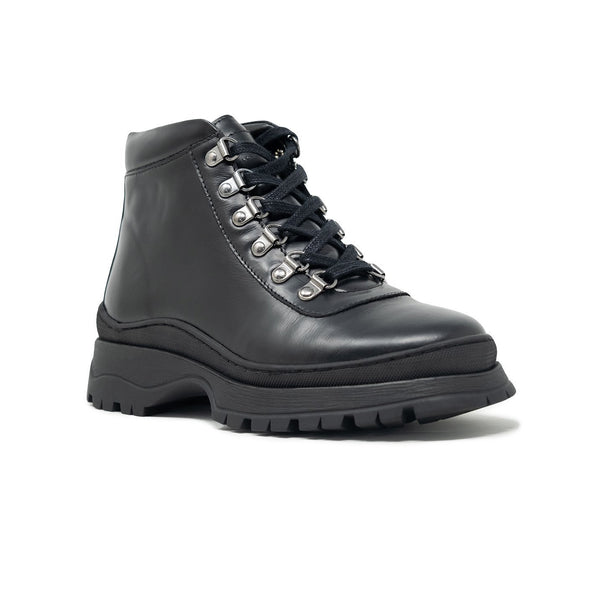 Black Leaather Moonwalk Boots