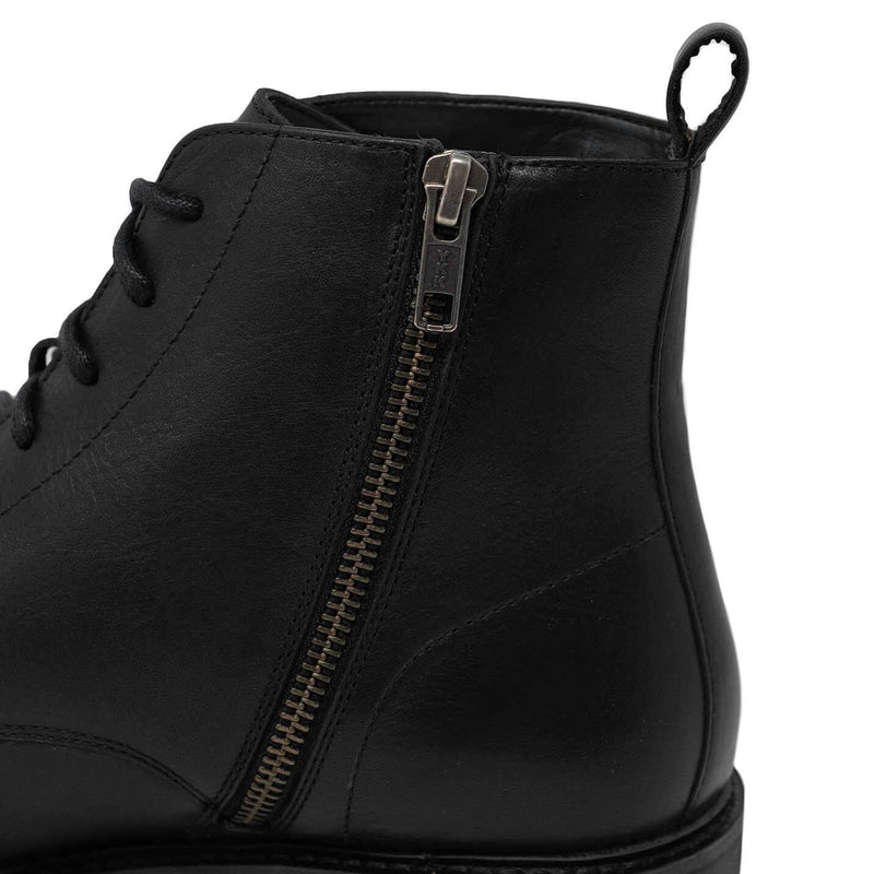 Mens Boot With Zip Up Detail