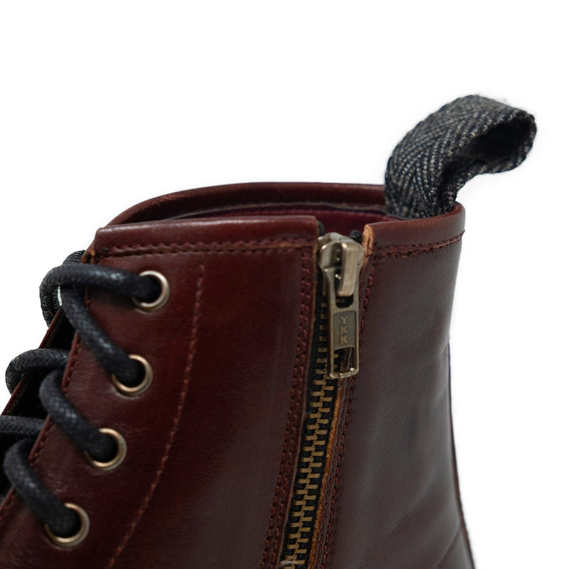 Wolf Boot With Zip-Up Details