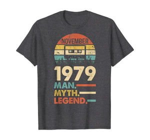 November 1979 Vintage 1979 40th Birthday 40 years old Gift T-Shirt
