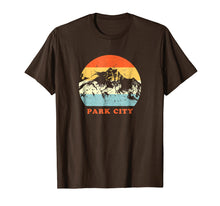 Afbeelding in Gallery-weergave laden, Park City Utah Vintage Mountain Lovers Throwback Gift TShirt