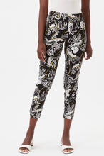 Load image into Gallery viewer, UP PETAL SLIM LEG ANKLE PANT
