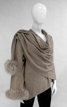 Load image into Gallery viewer, MITCHIE'S MATCHINGS WRAP WITH SLEEVE & FOX TRIM