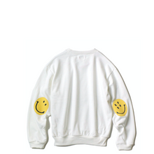 Load image into Gallery viewer, Kapital ECO Fleece Knit Crew SWT (SMILE PATCH) WHT