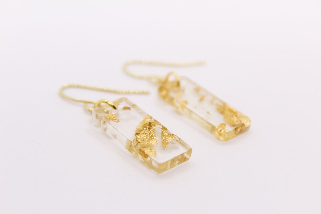 Gold Flake Mini Bar Earrings