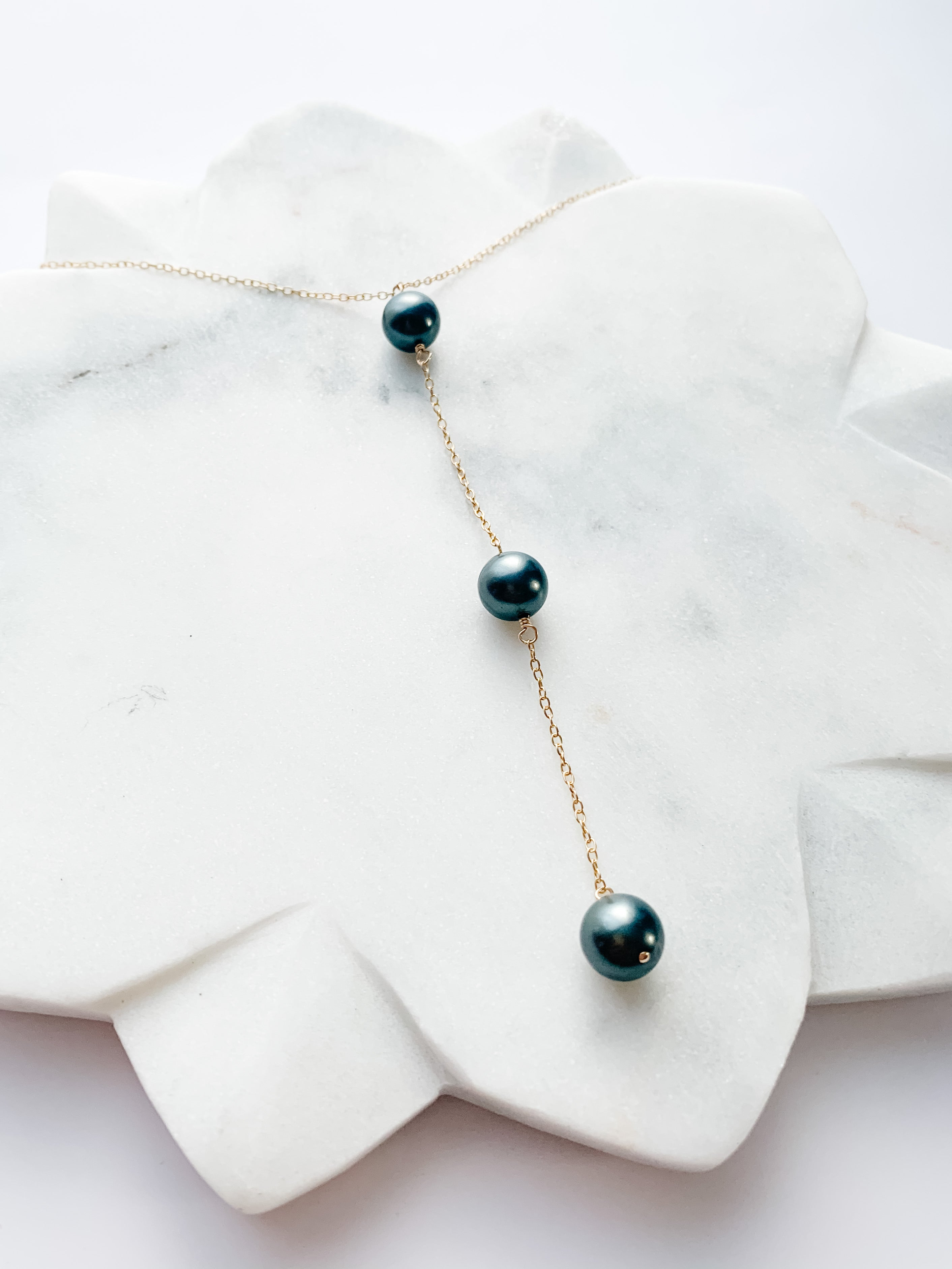 Black Pearl Lariat Necklace