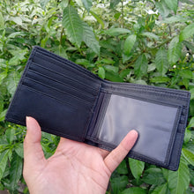 Load image into Gallery viewer, Wallet made of stingray skin Black color with diamond pattern