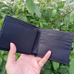 Wallet made of stingray skin Black color with diamond pattern