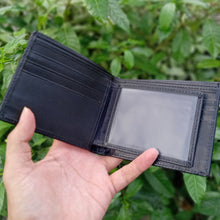 Load image into Gallery viewer, Wallet for men made of genuine stingray skin Red and black color
