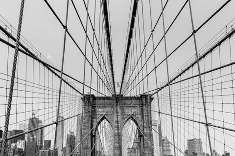 Brooklyn Bridge in Black and White makes the feel of the photo like it was taken before color film was invented.
