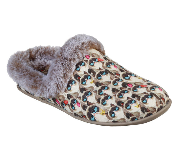 SKECHERS- WOMEN'S BOBS BEACH BONFIRE - COLD & CRANKY