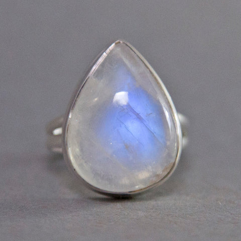Rainbow Moonstone Teardrop Classic Sterling Silver Ring US 7.5 SS-035