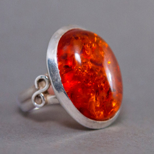 Baltic Amber Oval Infinity Sterling Silver Ring US 7 SS-050