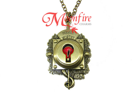 FANTASTIC CREATURES Muggle-worthy Lock Pendant Necklace