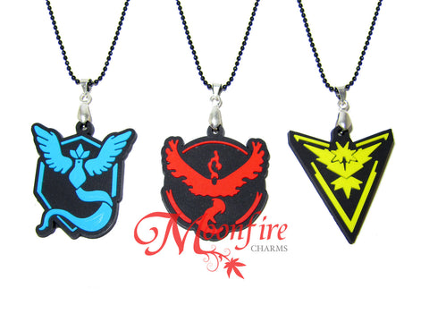 POKEMON GO Team Mystic/Valor/Instinct Rubber Logo Pendant Necklace