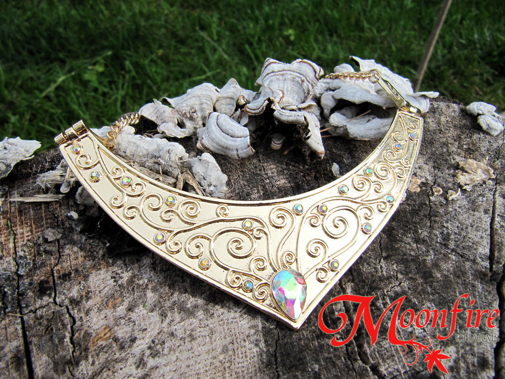SLEEPING BEAUTY Aurora Princess Crescent Necklace