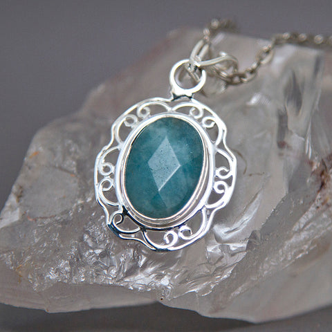 Aquamarine Faceted Oval Floral Filigree Sterling Silver Pendant SP-007