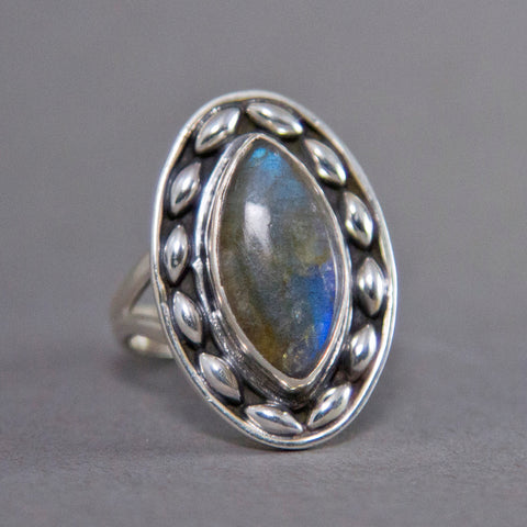 Labradorite Marquise Dewdrop Sterling Silver Ring US 8 SS-001