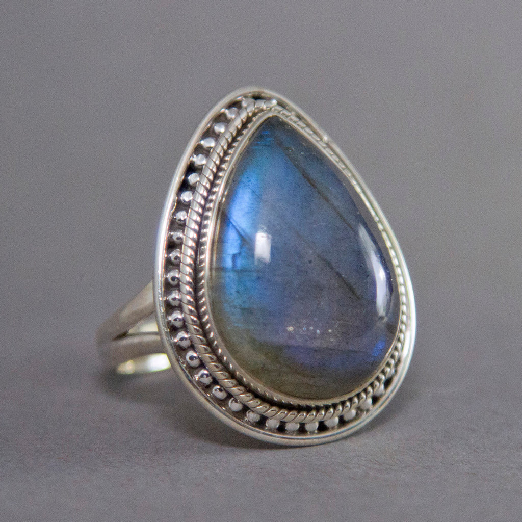 Labradorite Teardrop Intricate Sterling Silver Ring SS-007