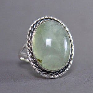 Prehnite Oval Entwine Sterling Silver Ring US 7.5 SS-017