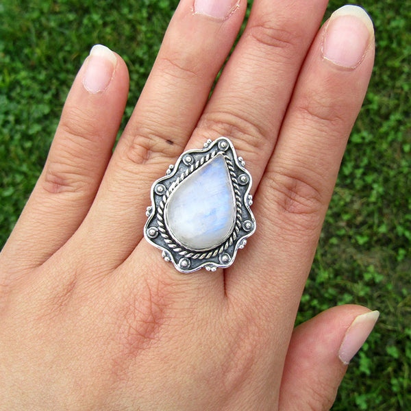 Rainbow Moonstone Teardrop Vigne Sterling Silver Ring US 8 SS-019