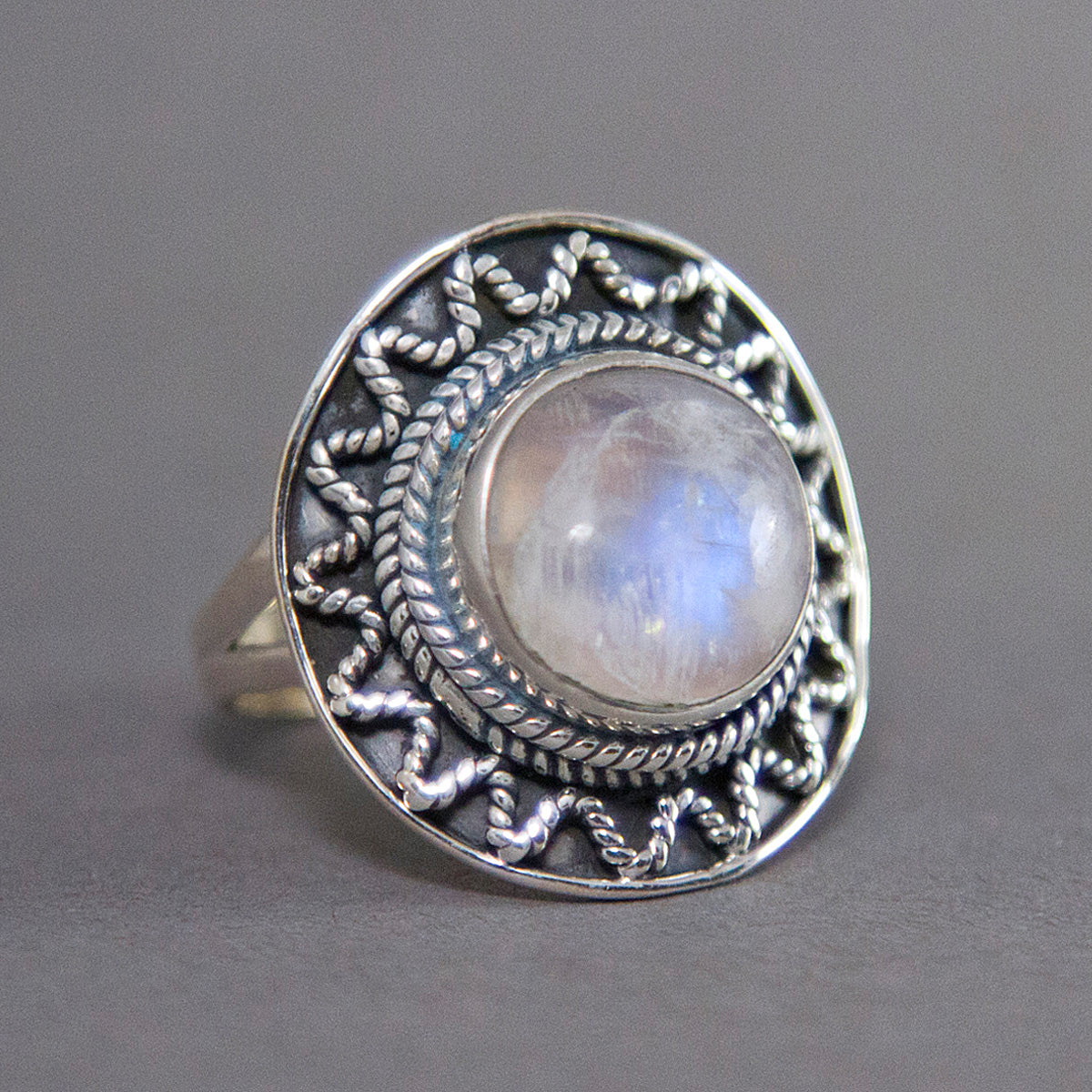Rainbow Moonstone Round Sundance Sterling Silver Ring US 7 SS-021