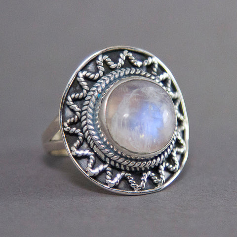 Rainbow Moonstone Sundance Round Sterling Silver Ring US 7 SS-021