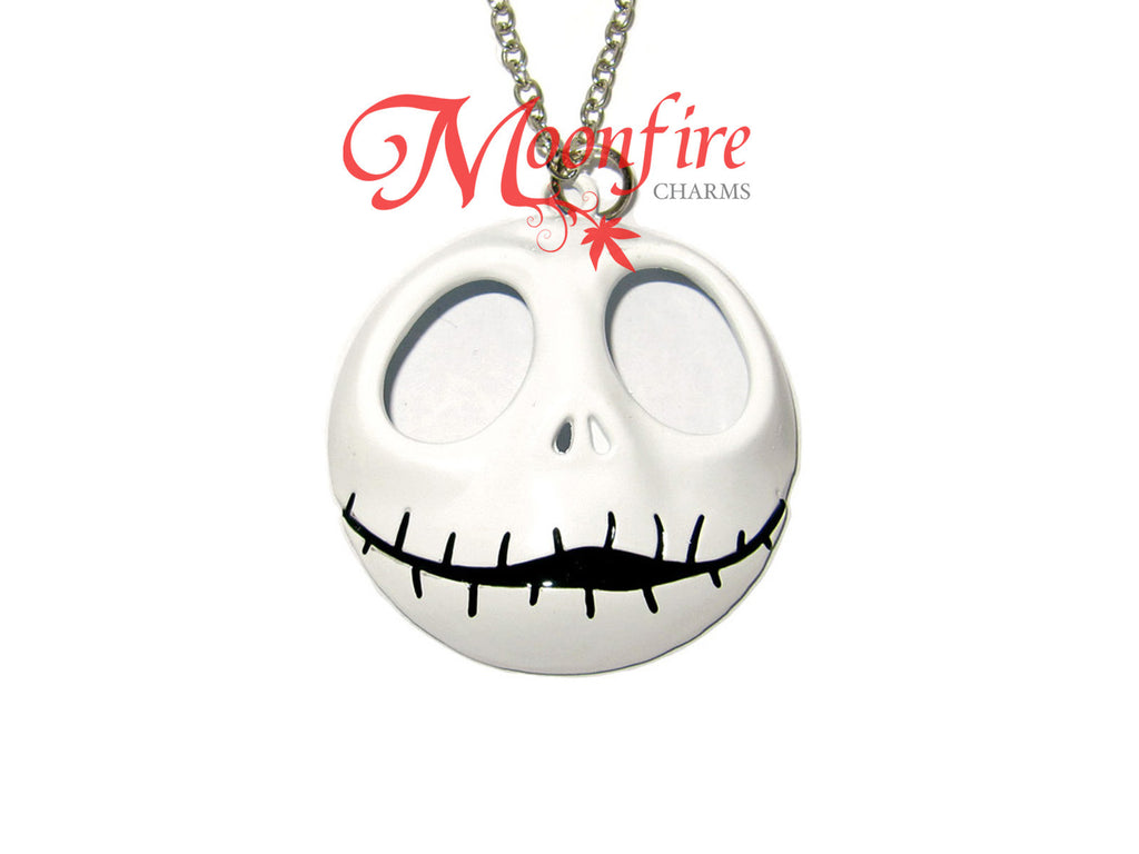 THE NIGHTMARE BEFORE CHRISTMAS Jack Skellington Skull Pendant Necklace