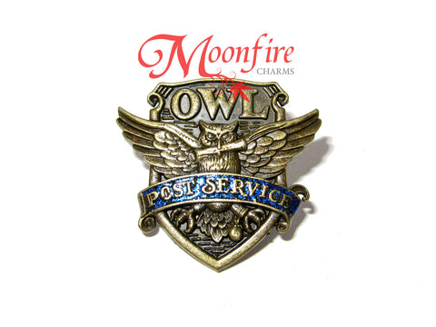 WIZARDING WORLD Owl Post Service Pin Badge