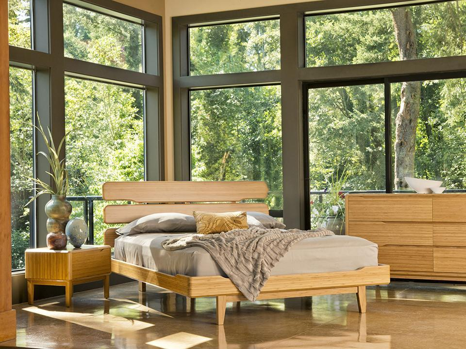 Greenington's Modern and Sustainable Currant Queen Solid Bamboo Platform Bed in Caramelized Finish