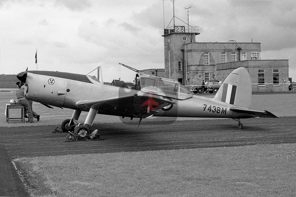 7438M De Havilland Canada DHC-1 Chipmunk  T.1, British Army, Middle Wallop 1960